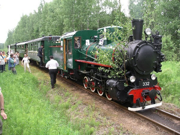 4: Inauguration of 'Marisa' steam locomotive at Gulbene 17/6/2005 (Photo by J. Fuller).