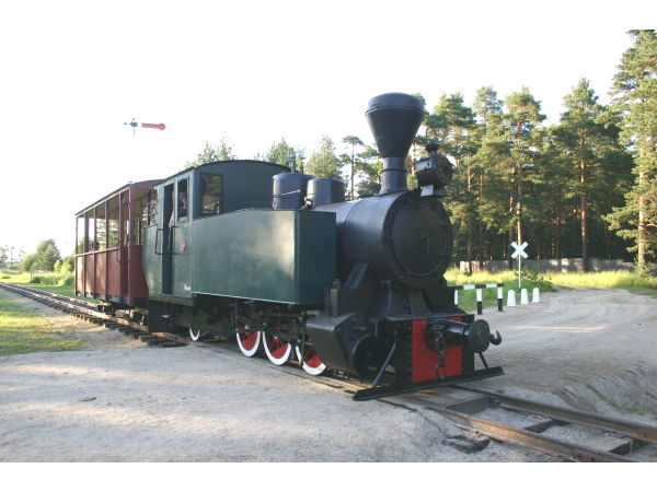 12: Test run of a 0-6-2T after restoration by the Pereslavl Railway Museum in 2012. (Photo by Sergei Dorozhkov)